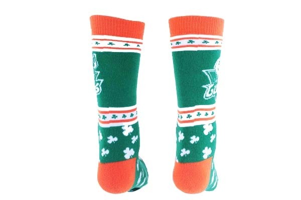 knitted athletic SOCKS